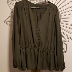 Worthington Olive Green Top